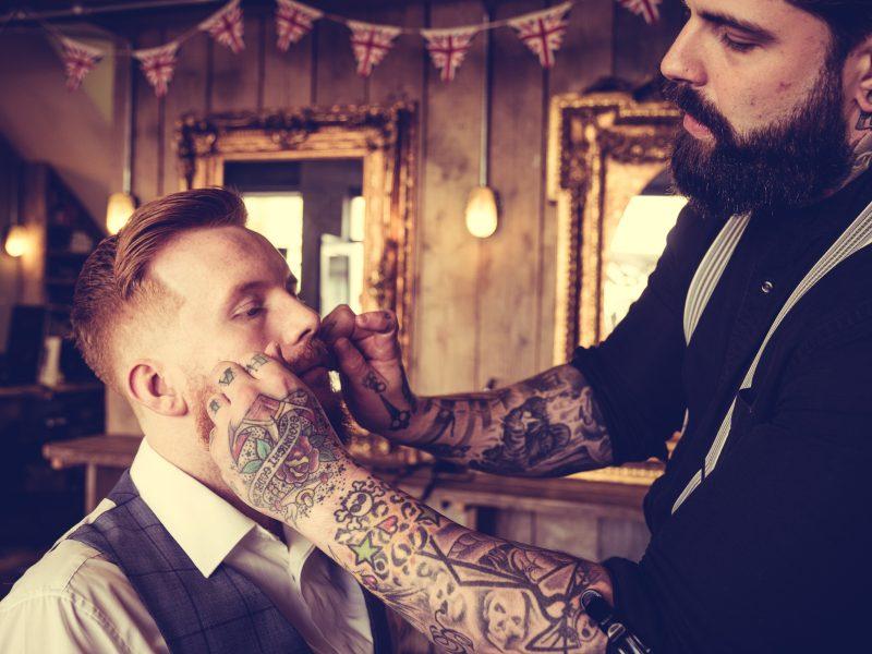 Barber przy pracy